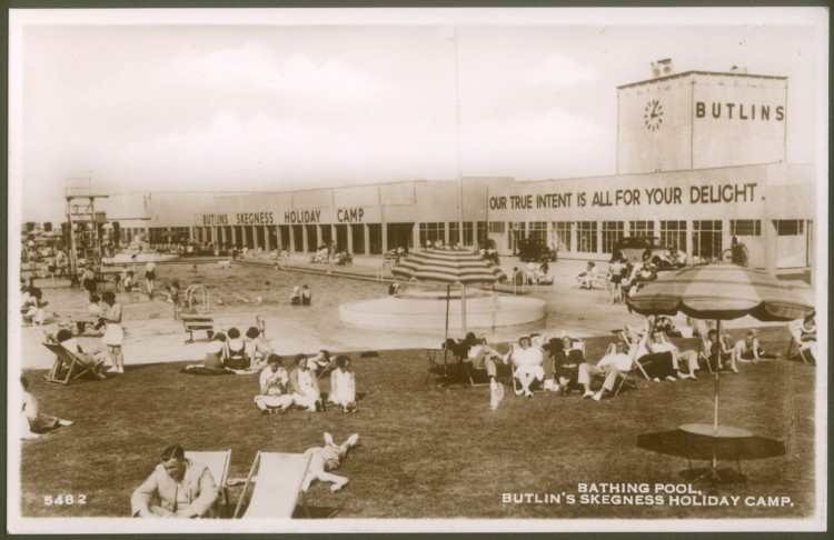 19__-Butlins-Skegness-Postcard-B_6_3_2_2_2_106a